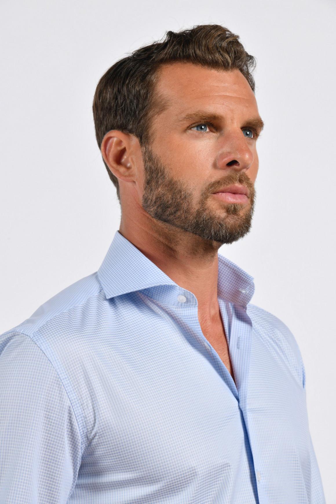 Chemise à carreaux inversés